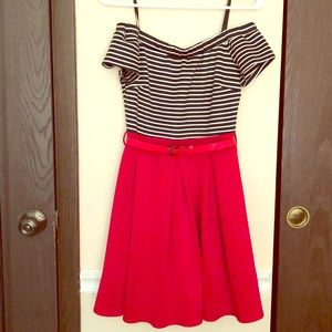 Off shoulders red dress with black and white top